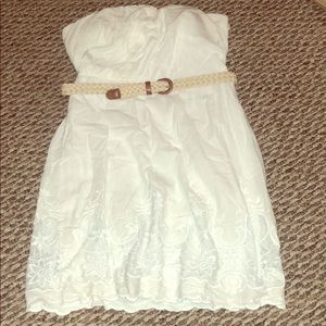 Rue21 white strapless dress with belt size 7